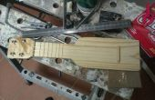 Zak ukulele - huisgemaakte Sopranino Ukulele van schroot hout