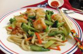 Klassieke Aziatische Udon noedels Stir Fry