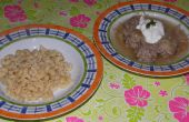 Gehaktballen en zuurkool soep (Hongaarse Dish)