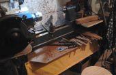 Boxed in hout draaibank stand met gereedschap bankje en stof gratis opslagruimte.