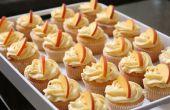 Cupcakes met perzik roomkaas Frosting Peach