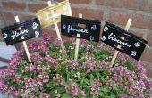 Tuin stakes maken uit wijnfles capsules