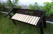 Gerecycled sofa structuur tot een tuin Bank
