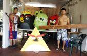 Papier Mache Angry Birds kostuum!