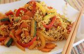 Noedels met kerrie-groenten roerbak