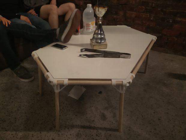 Tafel Voor Printer : Schroefloze zeshoek tafel met behulp van d printen cadagile