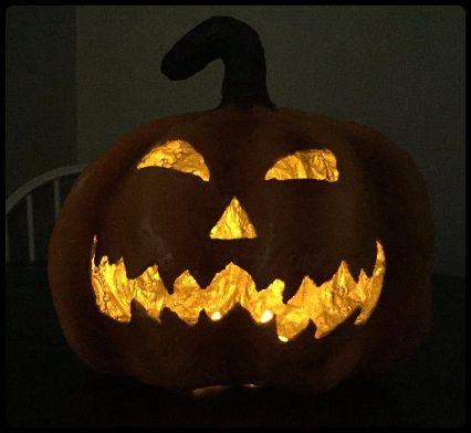 Hoe Maak Je Een Halloween Pompoen.Hoe Maak Je Een Spooky Papier Mache Halloween Pompoen Stap