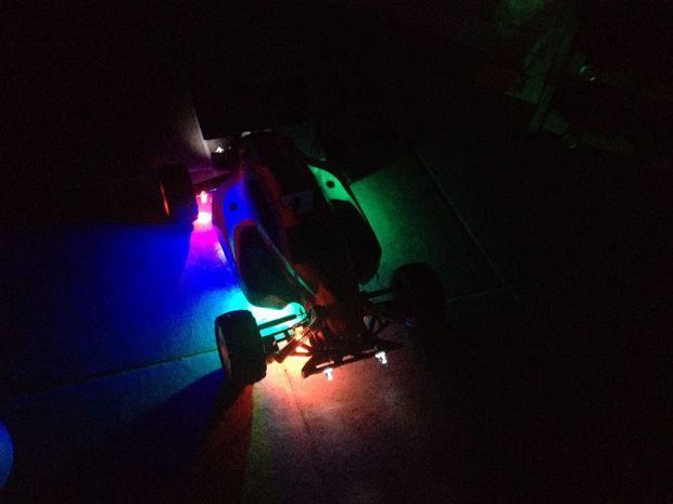 aangepaste rc auto neon verlichting
