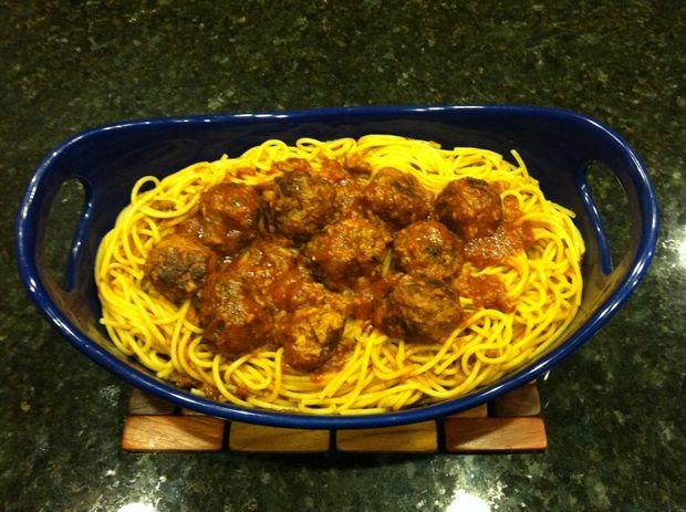 oma de spaghetti & gehaktballen - cadagile