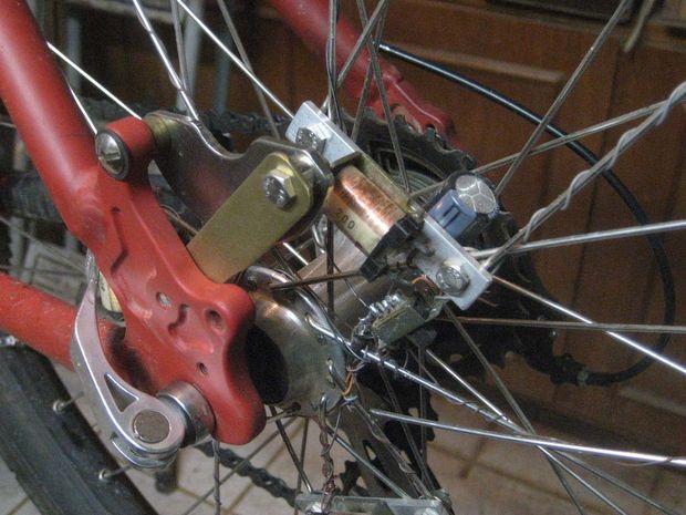 Contactloze dynamo fietsverlichting wiel - cadagile.com