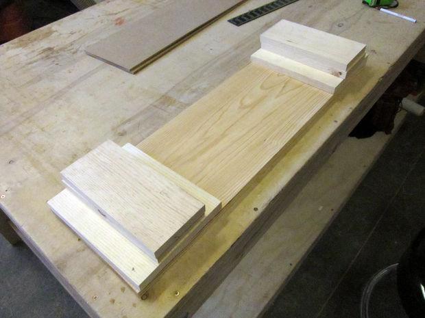Bureau plank stap zagen van hout voor hoofdtekst cadagile